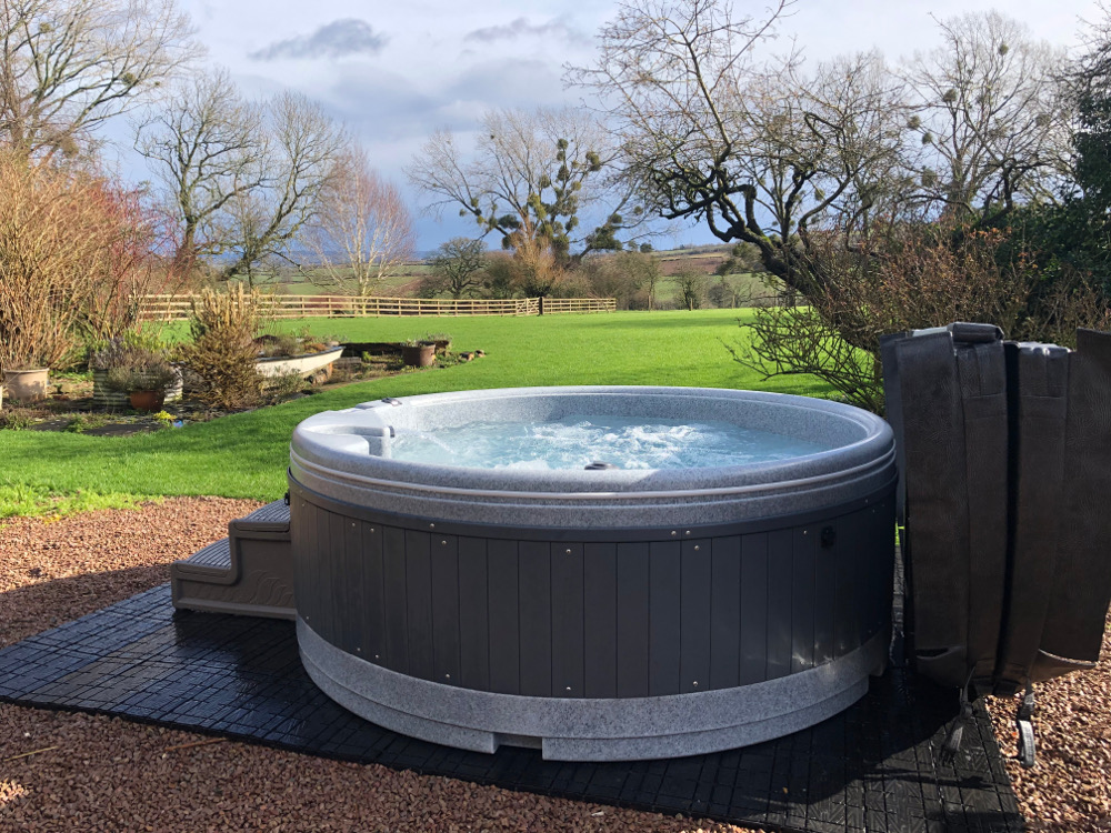 Hot tubs in holiday cottages
