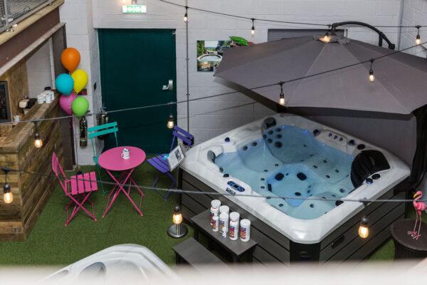 Hot tub showroom2