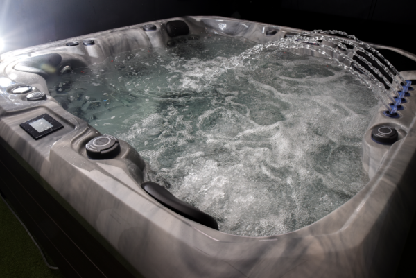 barcelona hot tub 64 waterfall2 edited Pixlr